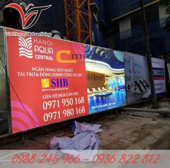 Làm biển quảng cáo hàng rào công trình